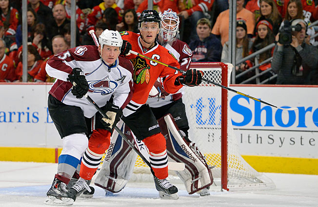 The Avalanche and defending Cup champion Blackhawks are on course for a first round showdown.