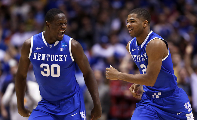 Julius Randle (L) has averaged a double-double during Kentucky's run to the Final Four.