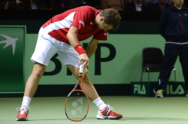 Stanislas Wawrinka couldn't keep up with Kazakhstan's Andrey Golubev and lost in four sets.
