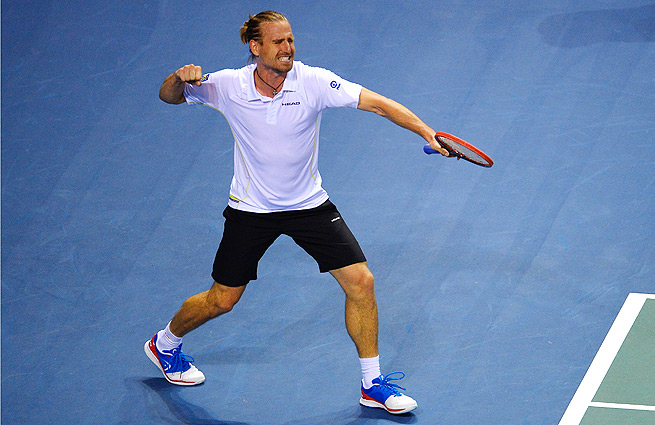 Peter Gojowczyk won a marathon match against Jo-Wilfried Tsonga to give injury-plagued Germany a 2-0 lead against France.