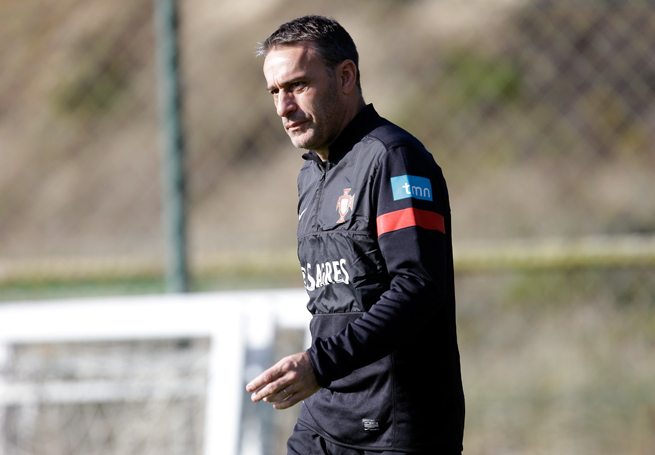 Portugal coach Paulo Bento has extended his contract through 2016.