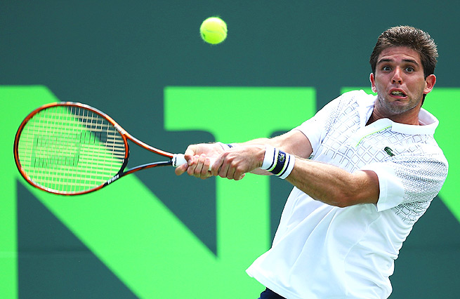Federico Delbonis won six straight games to win the first set, but Peliwo came back to force a tiebreaker in the second.