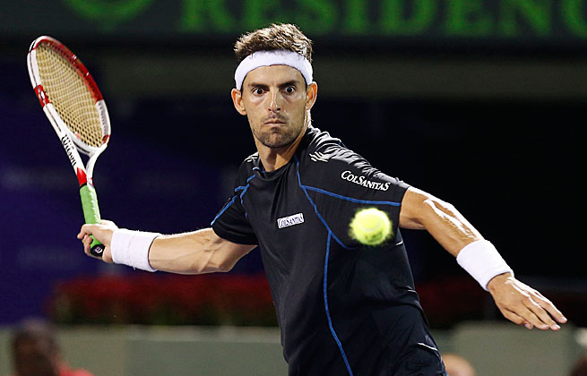 Santiago Giraldo will face Alejandro Gonzalez in the quarterfinals of the US Clay Court Championships.