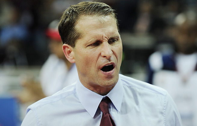 A former head coach in the NBA, Eric Musselman is a candidate to replace Cal's Mike Montgomery.