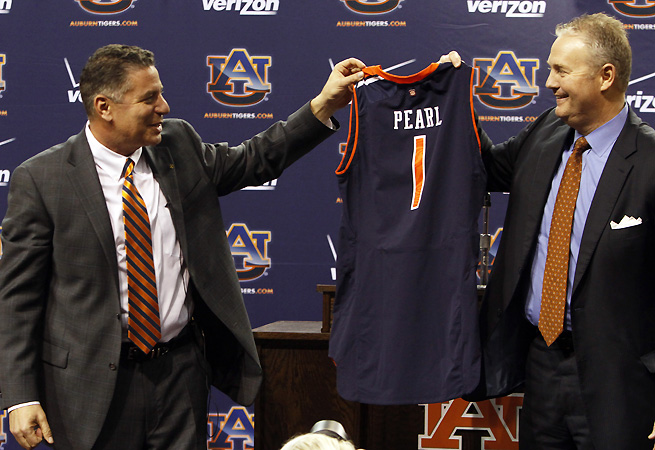 Auburn AD Jay Jacobs (R) and Bruce Pearl were more concerned with finding the right place than the right timing.