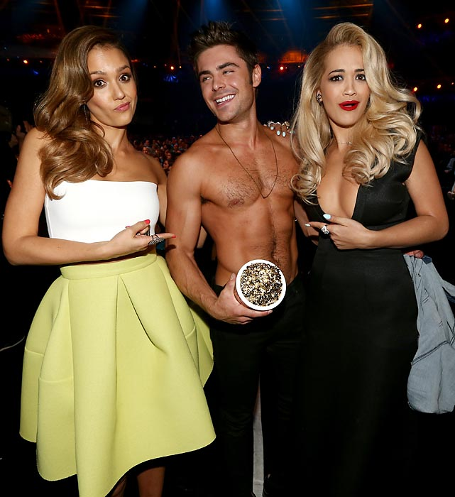The ladies were ga-ga over the winner of this year's Best Shirtless Performance award for <italics>That Awkward Moment</italics> at the MTV Movie Awards.