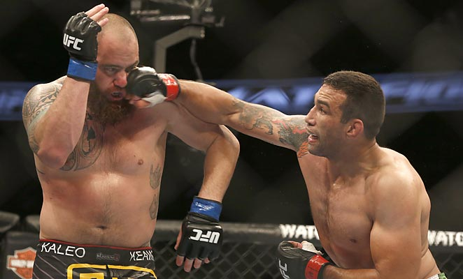 Fabricio Werdum (right) surprisingly dominated Travis Browne, setting up a UFC heavyweight belt fight against Cain Velasquez.