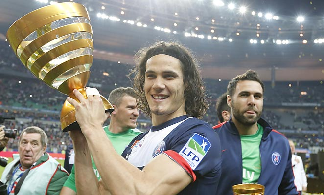 Edinson Cavani scored the winning goal as PSG captured the French League Cup on Saturday.