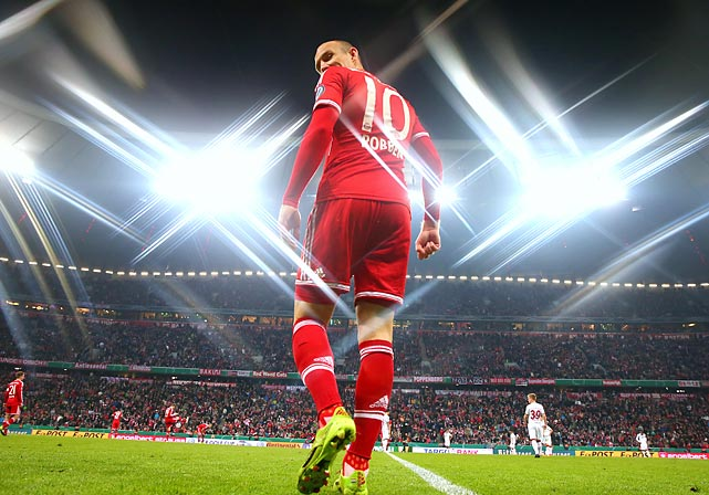 Arjen Robben of Bayern Munich takes the field before the DFB Cup semifinal match between Bayern and 1. FC Kaiserslautern.