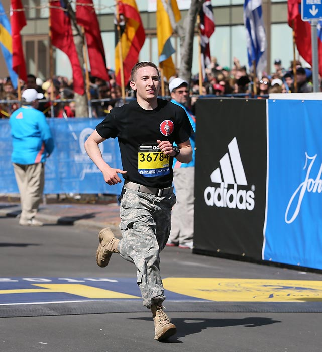 A U.S. Army veteran nears the finish.