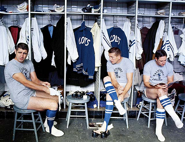Morrall, Johnny Unitas and Jerry Logan in the locker room before a game against the Detroit Lions.