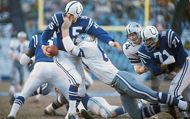 Morrall is sacked by a Dallas defender at Cotton Bowl Stadium.
