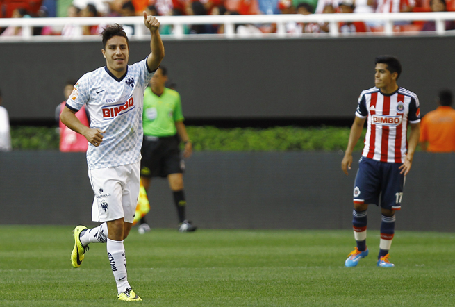 Monterrey's Efrain Juarez celebrates his goal that lifted Los Rayados to a 1-0 win over Chivas Guadalajara, eliminating the club from playoff contention.