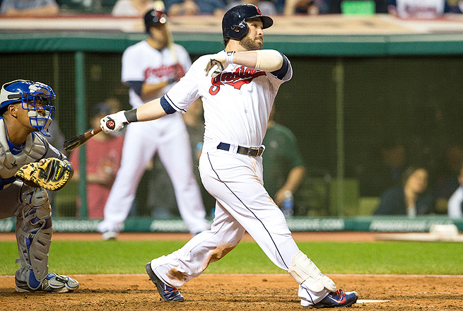 Jason Kipnis exited Tuesday night's game against the Angels after suffering a right abdominal strain.