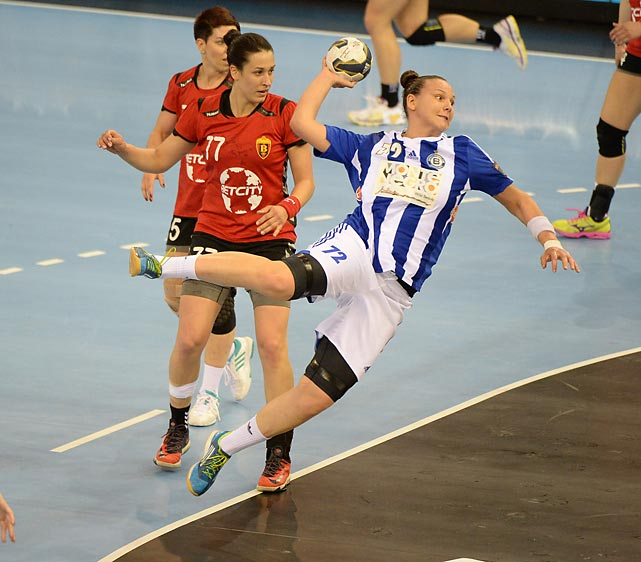 Dragana Cvijic of Montenegro's ZRK Buducnost shoots vs against Macedonia's WHC Vardar SCBT in a semifinal game.