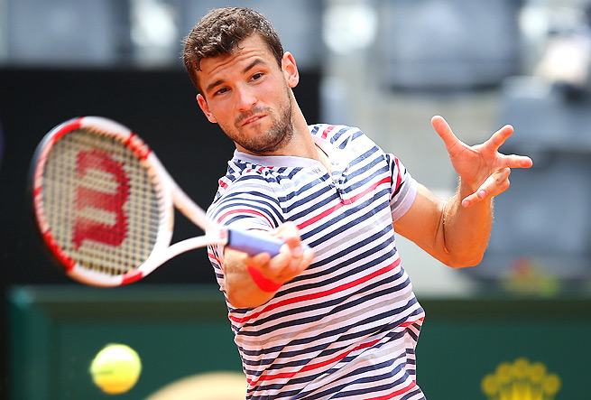 Grigor Dimitrov did not have a positive experience with the towels in his first match of the Italian Open.