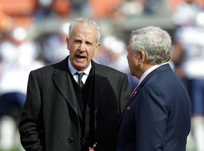 American owner Randy Lerner, left, says he is selling Premier League club Aston Villa.