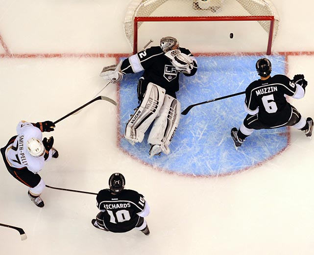 Devante Smith-Pelly of the Anaheim Ducks beats Los Angeles Kings goaltender Jonathan Quick in Game 4 of their second-round series.