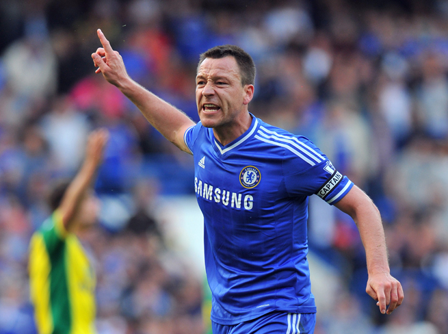 Chelsea captain John Terry has signed a one-year extension with the club.