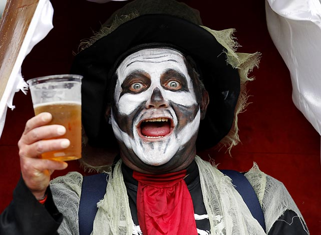 An enlightened gentleman in London enjoyed a fine malted beverage during the Twickenham Sevens pool match. By the sound of it, billiards is part of the IRB Sevens World Series, which must also include baseball.
