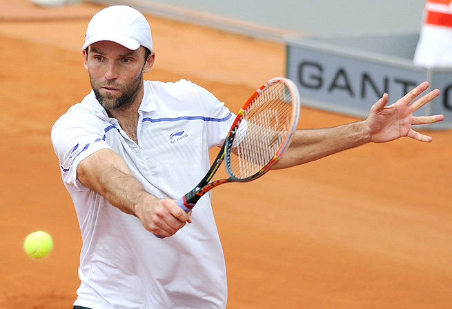 Croatia's Ivo Karlovic will take on Jiri Vesely of the Czec Republic in the Duesseldorf Open semifinals.