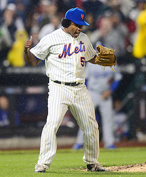 Jenrry Mejia pitched a scoreless ninth in the Mets' 5-3 win over the Dodgers on Thursday.