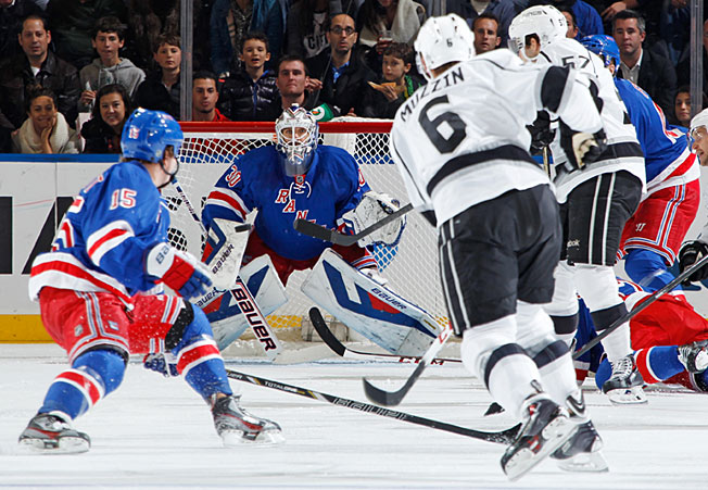 The Rangers and Kings, who are meeting in the Stanley Cup Final, split their regular season series, 1-1.
