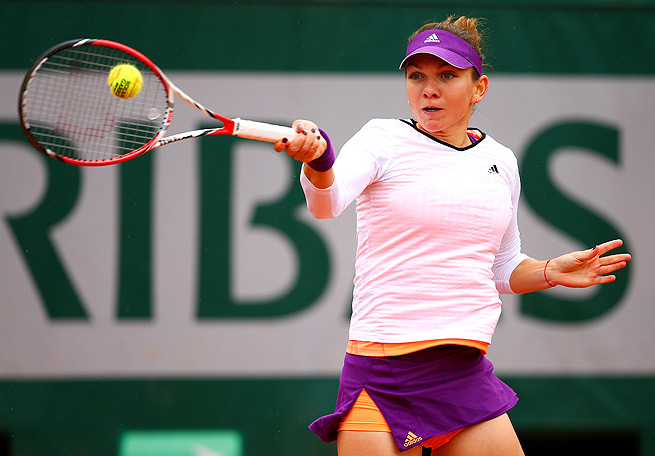 Simona Halep will play in her first Grand Slam semifinal against Andrea Petkovic.