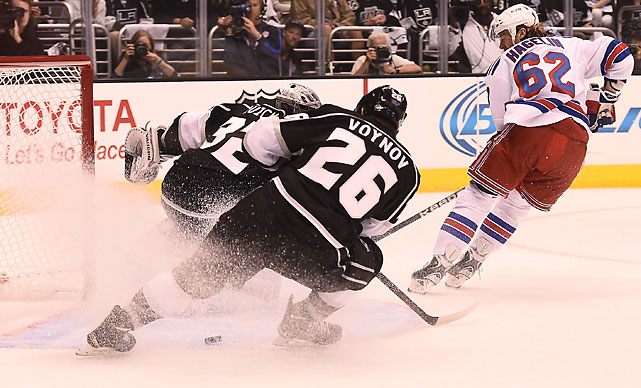 Hagelin's breakaway shot was kicked in by Slava Voynov to give New York a 2-0 advantage.