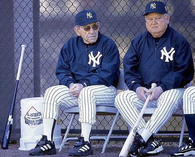 Zimmer and Yankees legend/guest instructor Yogi Berra sit together at spring training.