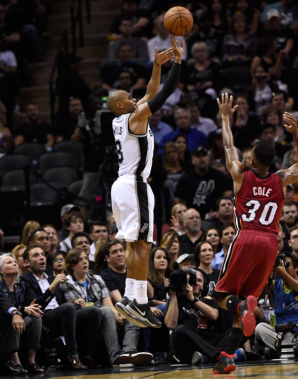 Patty Mills helped the Spurs bench outscore Miami's 34-20.