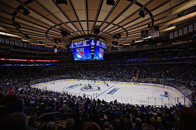 Madison Square Garden was soldout for Game 3, similar to the first two games in L.A.'s Staples Center.