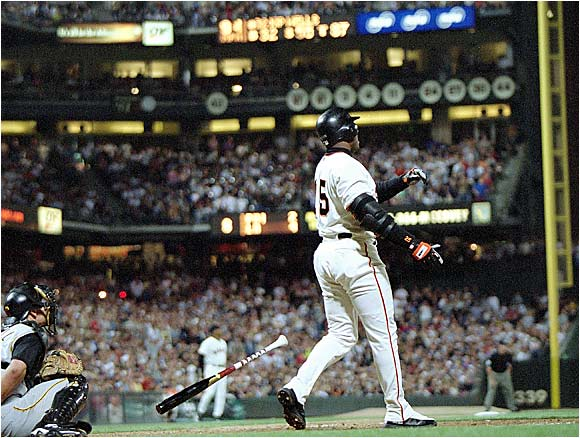 At 38, Bonds still displayed a perfect swing and showed it off after jacking No. 600 at Pac Bell off the Pirates' Kip Wells.