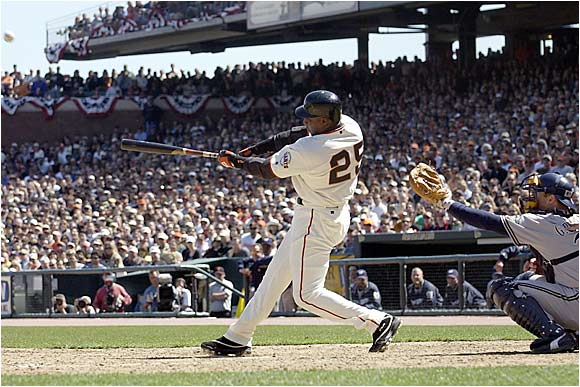 Bonds said hey to Willie Mays by tying his godfather for third place on the all-time list with this shot off the Brewers' Matt Kinney.