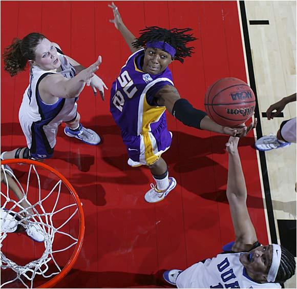 LSU's Florence Williams couldn't spark a second-half comeback in the women's Final Four as the Tigers lost 64-45 to Duke.