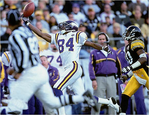 How big a difference did rookie wide receiver Randy Moss make? The Vikes scored 354 points in 1997 and then set an NFL record by scoring 556 points in '98. Quarterback Randall Cunningham had a career resurgence thanks to his ability to throw the long ball to Moss. Running back Robert Smith and receiver Cris Carter also had excellent years to help Minnesota go 15-1. The Vikes eventually fell to the Falcons in the NFC Championship Game.