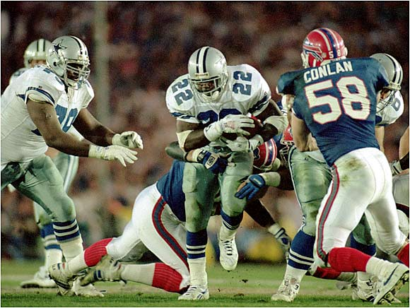 Of all the teams on this list, Dallas had the best balance between offense and defense. But don't underestimate the Cowboys' offense. NFL rushing king Emmitt Smith ran for 1,713 yards and 18 touchdowns and Troy Aikman threw 23 touchdowns in '92. Dallas outgained its opponents by over 100 yards a game and seemingly scored whenever it really needed to. The Cowboys also averaged 38.7 points per game in the playoffs en route to a Super Bowl championship.