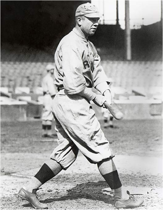 Speaker spent his first nine seasons with the Red Sox, racking up 1,327 hits, 267 steals and a .337 batting average. In 1912 he posted three separate hitting streaks of at least 20 games. He was inducted into the Hall of Fame in 1937, though with an Indians cap.