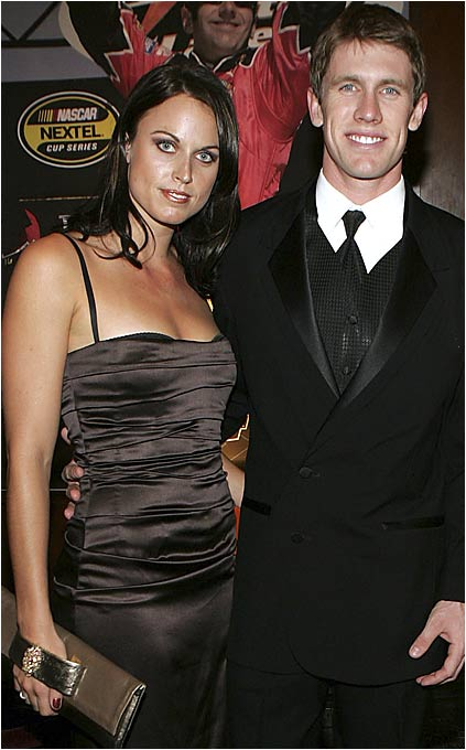 Seven-time Olympic swimming medalist Amanda Beard and NASCAR driver Carl Edwards met at a Labor Day weekend race in California in 2004 and felt a mutual attraction.
