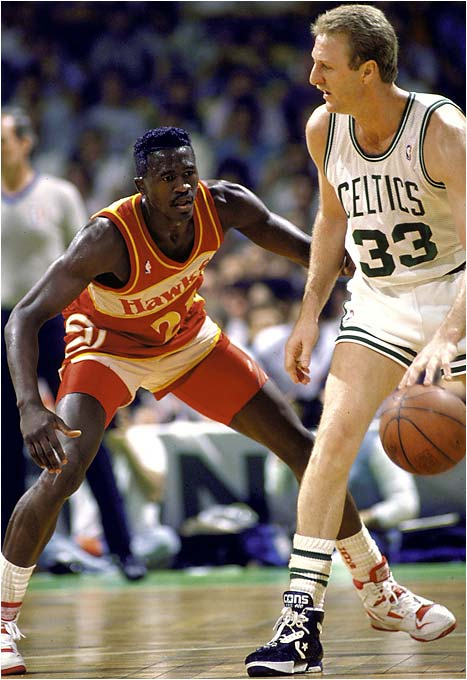 Dominique Wilkins was a one-man team versus the Celtics. Atlanta's Human Highlight Film exploded for 47 points in a mano a mano showdown with Larry Bird. But Bird saved his best for last, scoring 20 of his 34 points in the fourth quarter to help the Celtics escape 118-116.