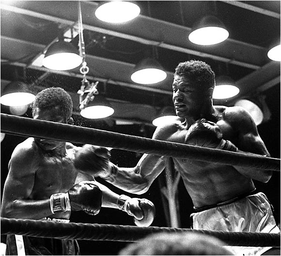 On July 29, 1957, at the Polo Grounds in New York City, Patterson made the first defense of his heavyweight title, facing Tommy (Hurricane) Jackson. Patterson had beaten Jackson by a split decision the year before in a title elimination bout. This time the new champ left no room for doubt, dropping Jackson in the first, second and ninth rounds on the way to a TKO in the 10th.