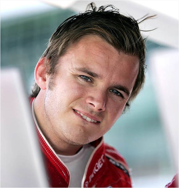 At week's end Wheldon, the defending Indy 500 and IRL series champion, had the fastest practice lap, 228.663 mph.