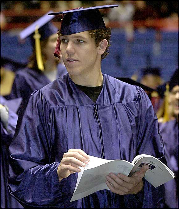 An ankle injury kept Luke Walton out of Arizona's game at LSU but allowed him to attend his winter graduation in 2002.
