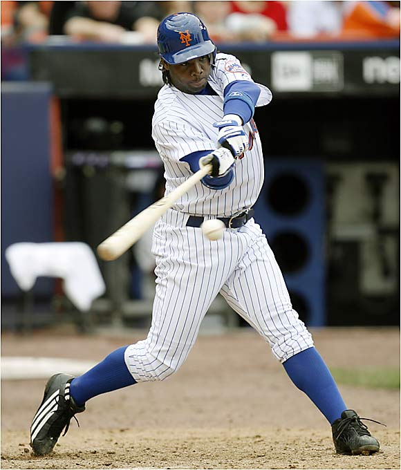 In the eleventh frame, rookie Lastings Milledge scored on a shallow sacrifice fly, giving the Mets a split with the Giants in an rain-delayed doubleheader at Shea Stadium. The Mets lead the majors with 17 one-run victories this season.