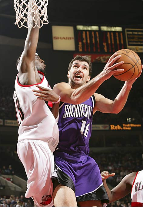 Drafted at age 19 by the Kings while playing for PAOK Thessaloniki, Stojakovic made his NBA debut in 1999 as a sixth man for a rebuilt Sacramento squad and quickly made a mark as a sharp-shooter off the bench. Assuming a starting role in 2000-01, he rounded into a potent scorer; his 2003-04 performance saw him shoot 51 percent on two-point shots, 43 percent on three-pointers and 93 percent from the line while averaging 24.2 points a game.