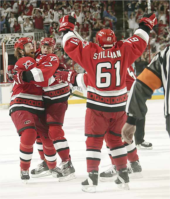 The Hurricanes react after Rod Brind'Amour's second-period goal cut Edmonton's lead to 3-1 and launched Carolina's comeback in Game 1.