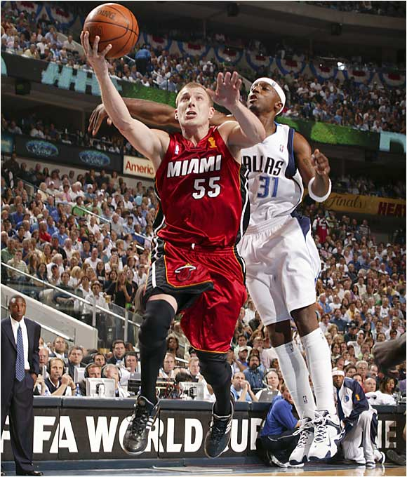 The Heat will depend on Jason Williams to get Shaquille O'Neal more than the 11 shots he took in Game 1 when the series resumes Sunday night in Dallas.