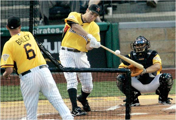 Lance Berkman, the 2004 runner-up to Miguel Tejada, had just three homers but his first one landed in the Allegheny River on the fly.