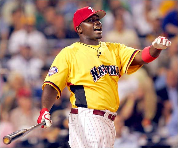 Ryan Howard, last year's NL Rookie of the Year, was a model of consistency, hitting eight in the first round (including four with one out remaining) and 10 in the second round to reach the finals.