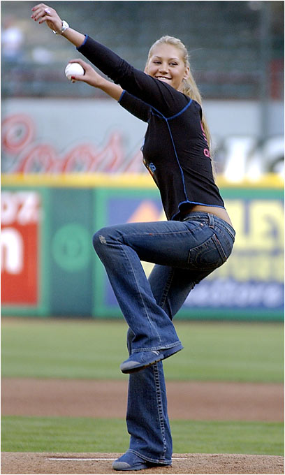 Kournikova threw out the first pitch at a Royals-Rangers game in 2004.